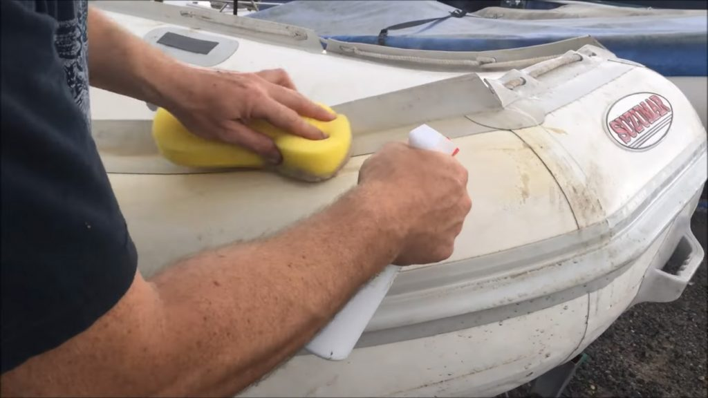 how to clean inflatable boats: General Cleaning
