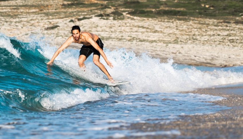 DIY Skimboard Guide – Follow 9 Easy Steps to Ride the Waves!