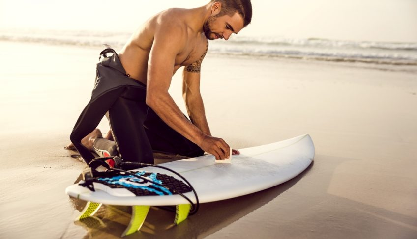 How to Wax Surfboards – 7 Easy Steps to Surfing the Waves!